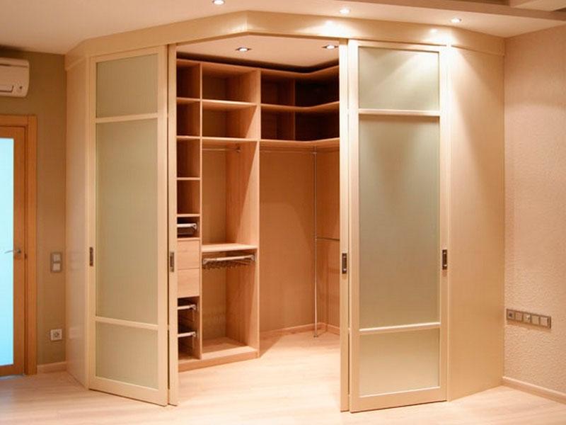 Как сделать дверь в гардеробную своими руками